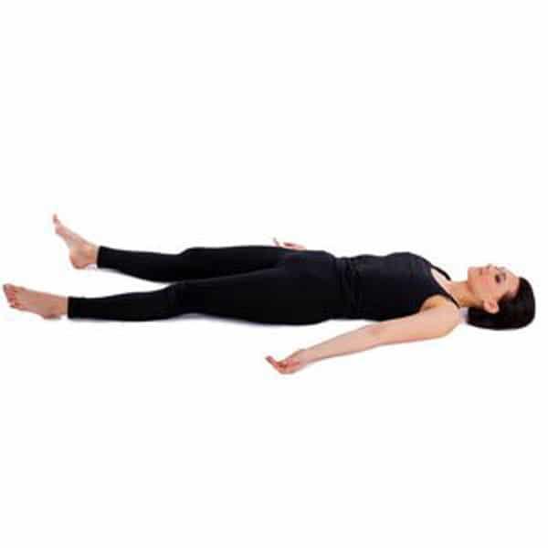 حرکات-ساده-یوگا-برای-کاهش-استرس-و-رهایی-از-افکار-منفی-شاواسانا
