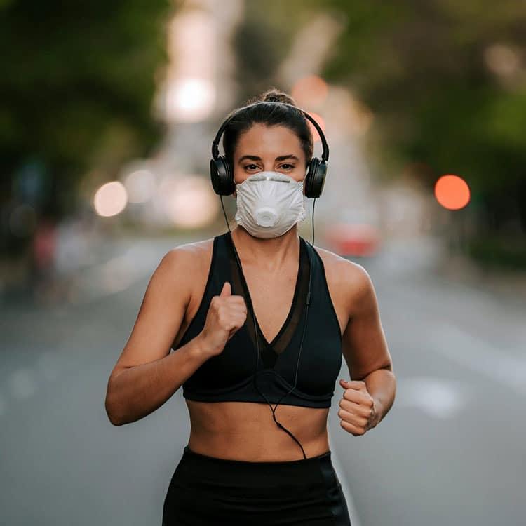 موقع-ورزش-ماسک-بزنیم-یا-نزنیم-عوارض-ورزش-با-ماسک