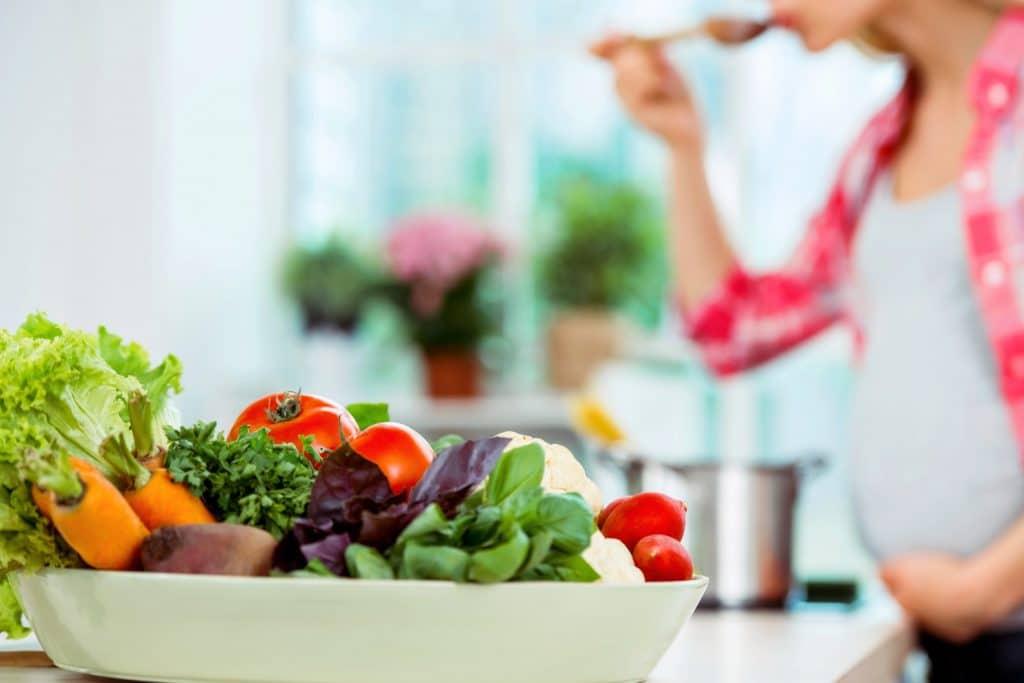 غذاهای مضر در بارداری