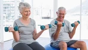 حرکات یوگا برای سالمندان