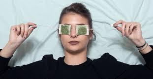 روش های درمان تورم چشم