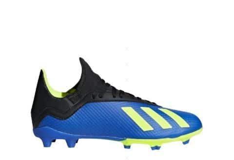 کفش مخصوص ورزش فوتبال